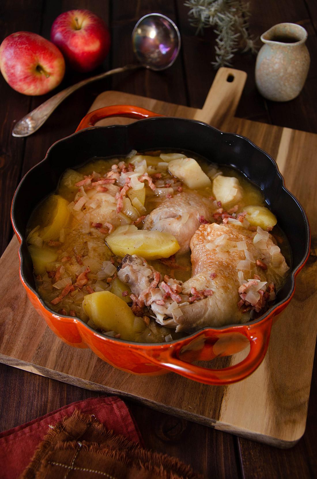 Recette de cocotte de poulet pommes et cidre, un délicieux plat maison