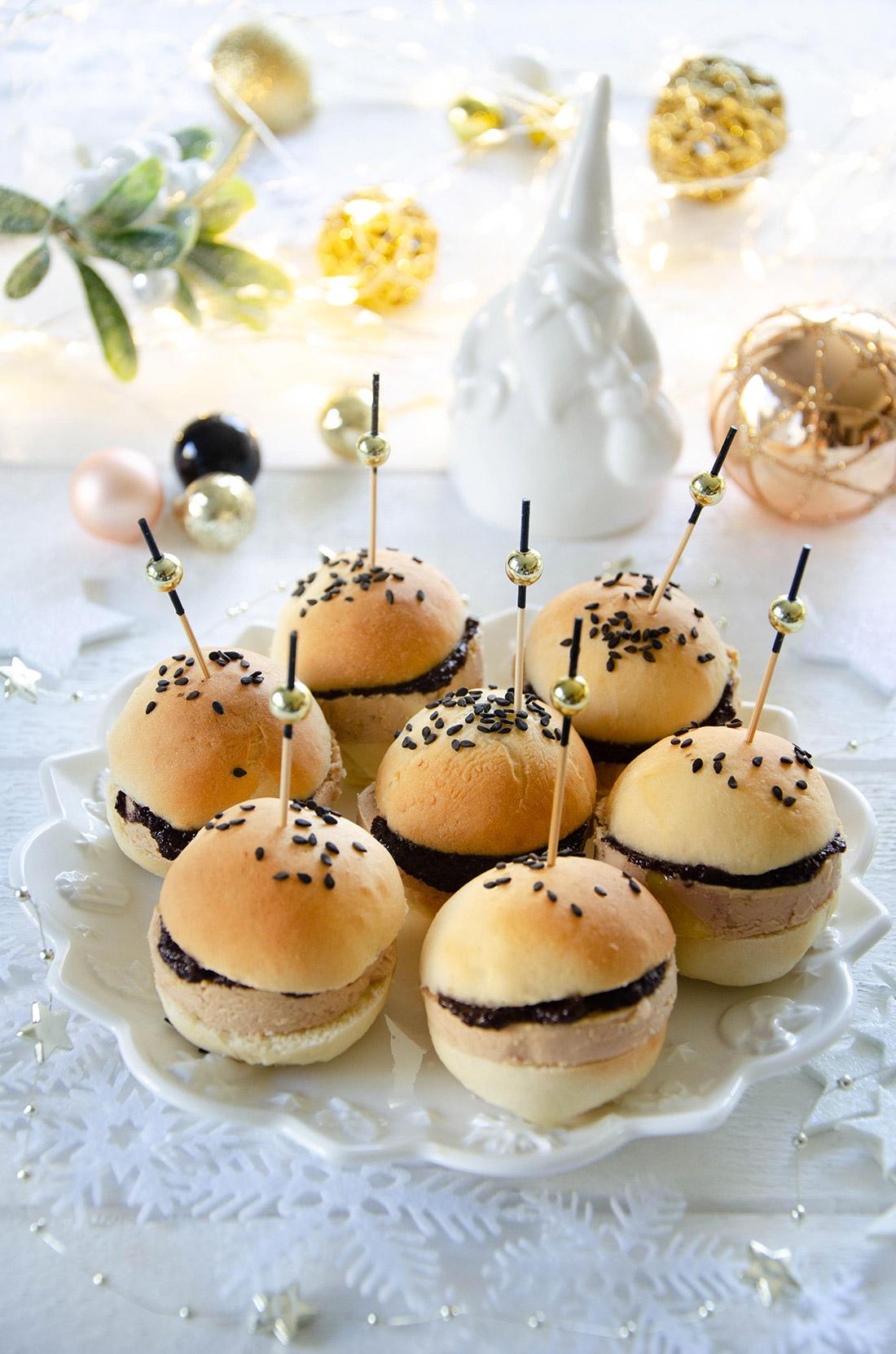 Mini burgers maison au foie gras et au confit'olives