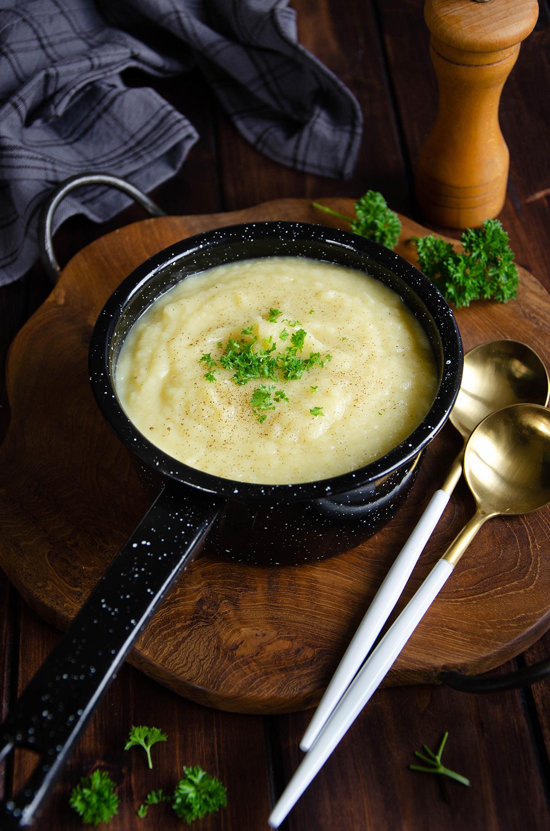 soupe de panais et de poireaux fait maison