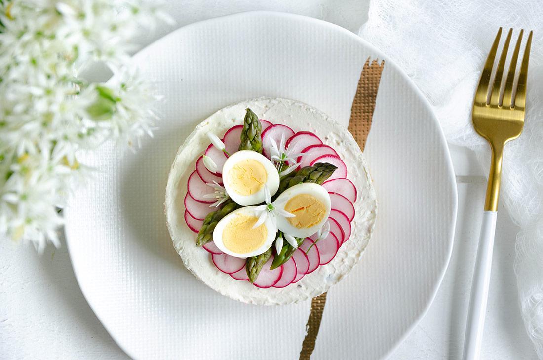Mini cheesecake salé asperges ail des ours, idée sympa pour Pâques
