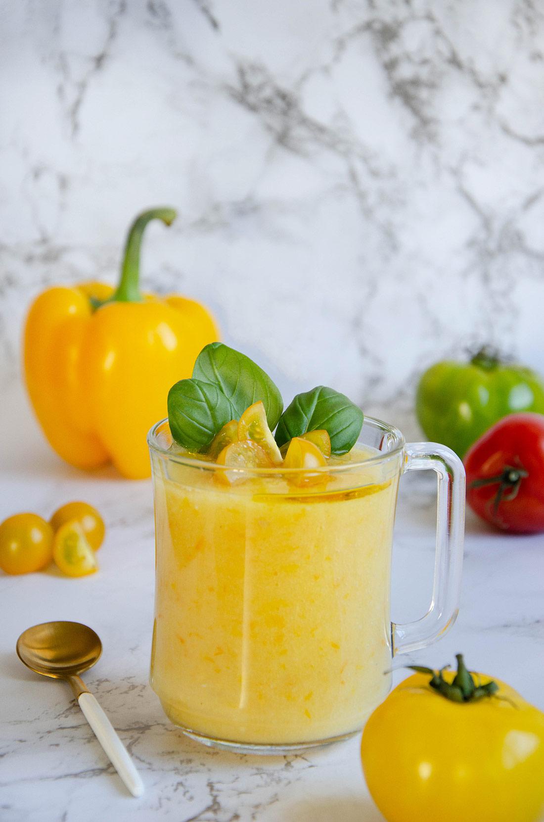 Recette de soupe glacée tomates et poivrons jaunes