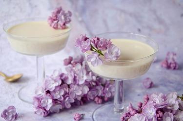 Recette maison de panna cotta au lilas