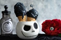 Glace noire vanille charbon végétal