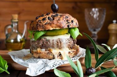 Recette burger au chèvre, pain aux olives